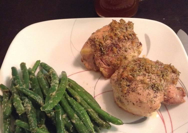 Easiest Way to Make Yummy Garlic Rosemary Pan Baked Chicken