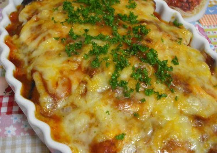 Eggplant and Meat Sauce Gratin