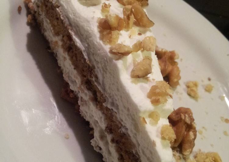 AMIEs WALNUT Cake