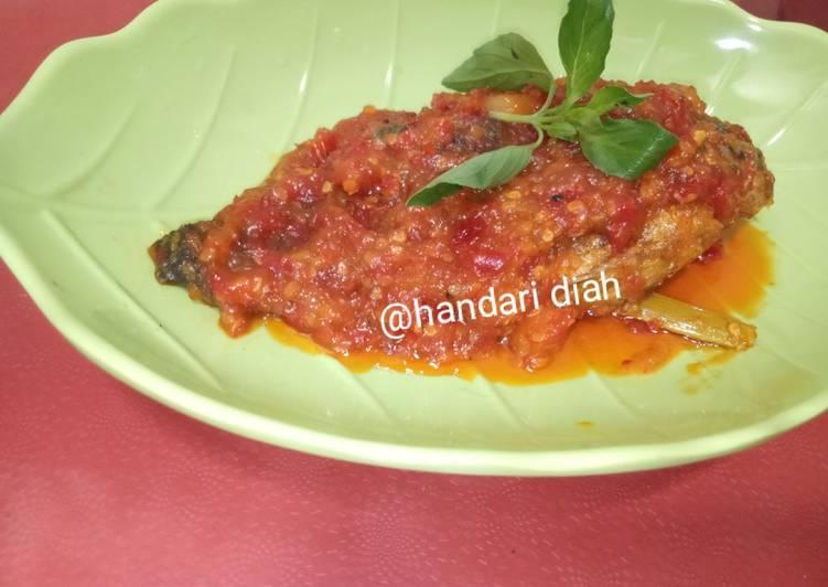 Ikan nila sambal tempoyak