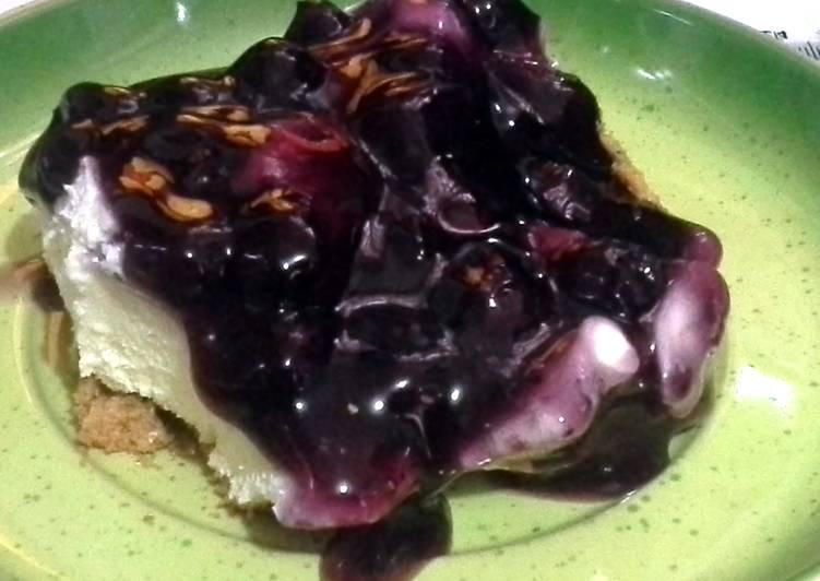 Creamy Blueberry Cheesecake
