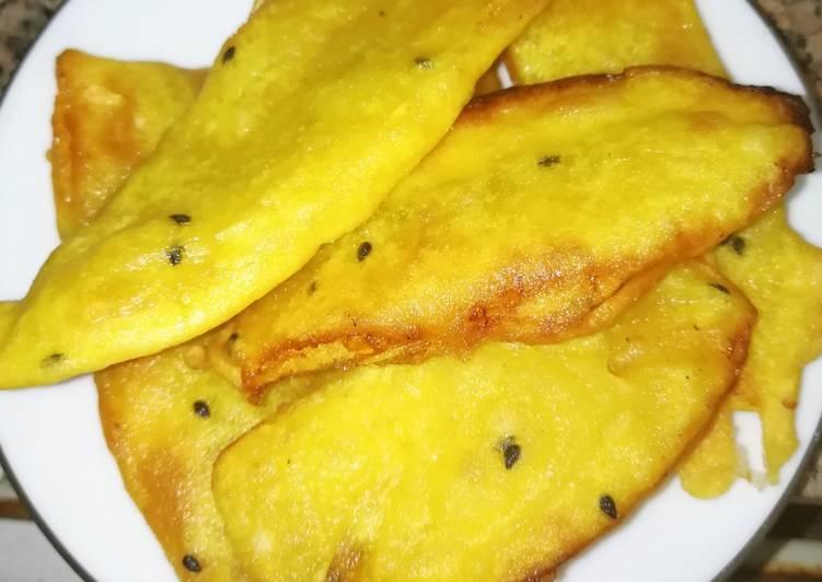 Plantain fry(pazhampori)