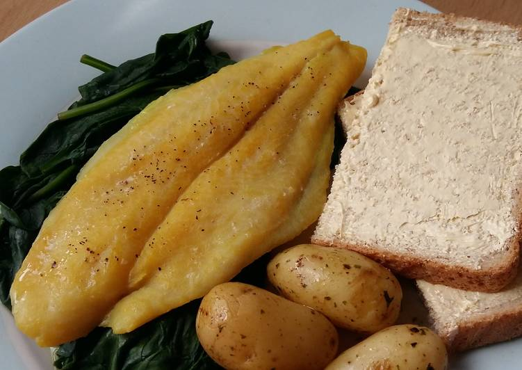Step-by-Step Guide to Prepare Award-winning Vickys Milk-Poached, Smoked Haddock, GF DF EF SF NF