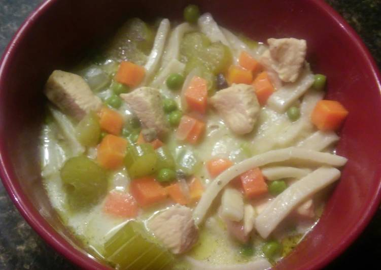 Ultimate Croc Pot Creamy Chicken Noodle