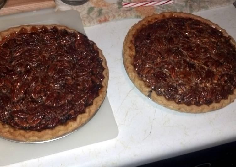 Grandma's Pecan Pumpkin Pie