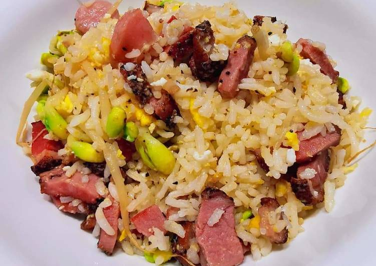 煙熏鴨炒飯 SMOKED DUCK FRIED RICE