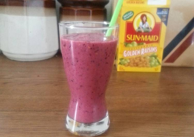 The Best Soft and Chewy Dinner Easy Fall Forest Fruit Smoothie 🎵🎶💃🎶🎵