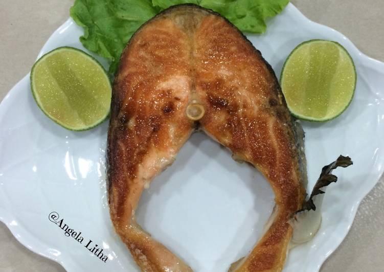 Resep Ikan Salmon Panggang Teflon Masakan Sederhana Oleh Angela Litha Cookpad
