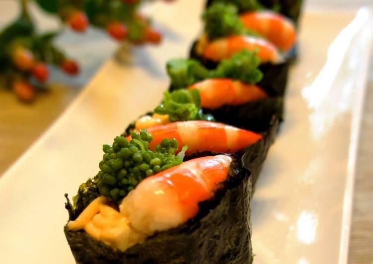 Recipe: Perfect Broccolini and Shrimp Sushi Rolls