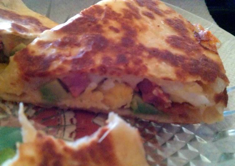 How to Make Yummy Breakfast Quesadilla