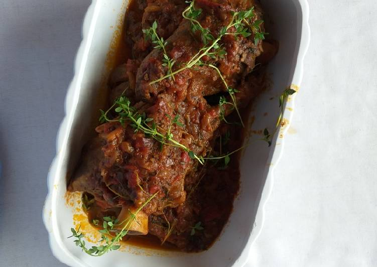 Tomato lamb shanks