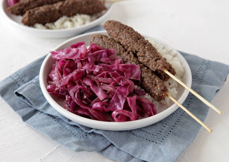 Beef Kebabs with Sautéed Red Cabbage and Rice with Fresh Thyme