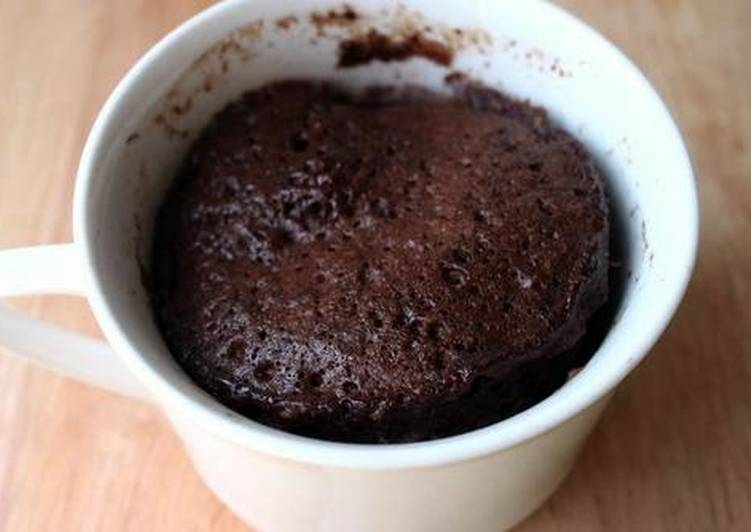 Vegan cake in mug