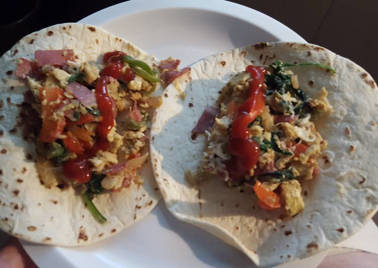 Easiest Way to Cook Perfect Veggie and Turkey Bacon Breakfast Burritos