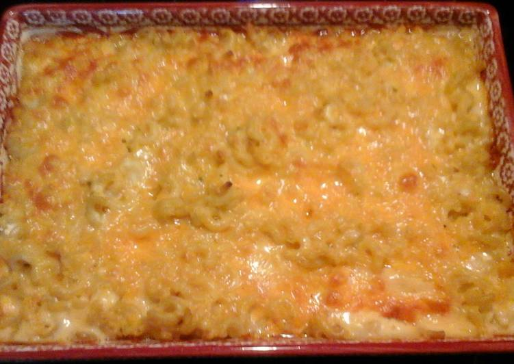 Recipe: Delicious Davenbetsy's southern mac & cheese