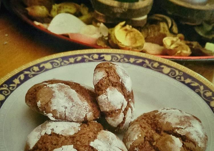 Recipe of Homemade Chocolate Amaretti