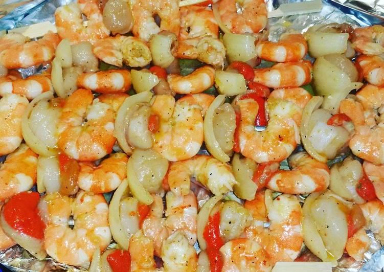 Brochettes de crevettes et noix de st Jacques marinées