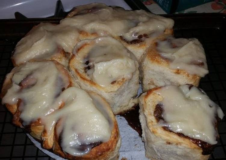 How to Prepare Perfect Cooks Country's BUTTERED Cinnamon Rolls