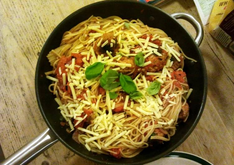 Homemade meatballs & Pasta, On This Page We Are Going To Be Taking A Look At The A Large Amount Of Benefits Of Coconut Oil
