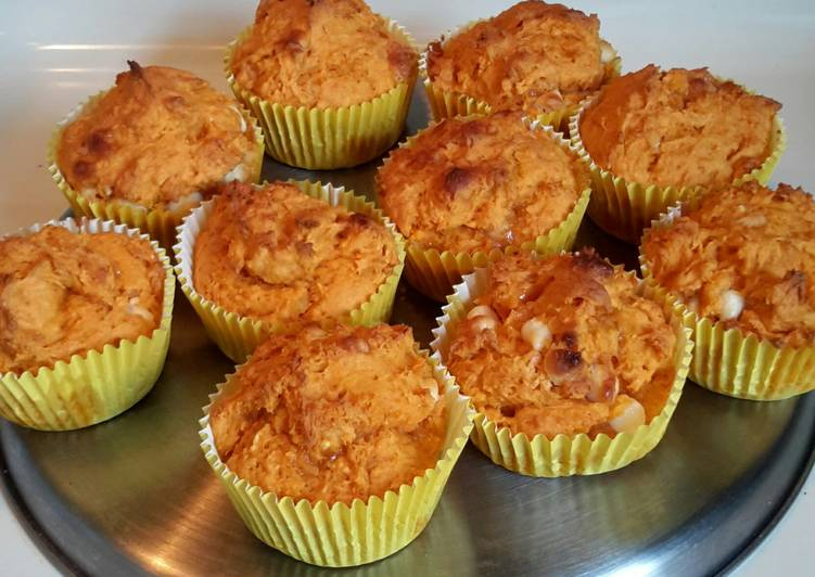 Easy Pumpkin Muffins - Laurie G Edwards