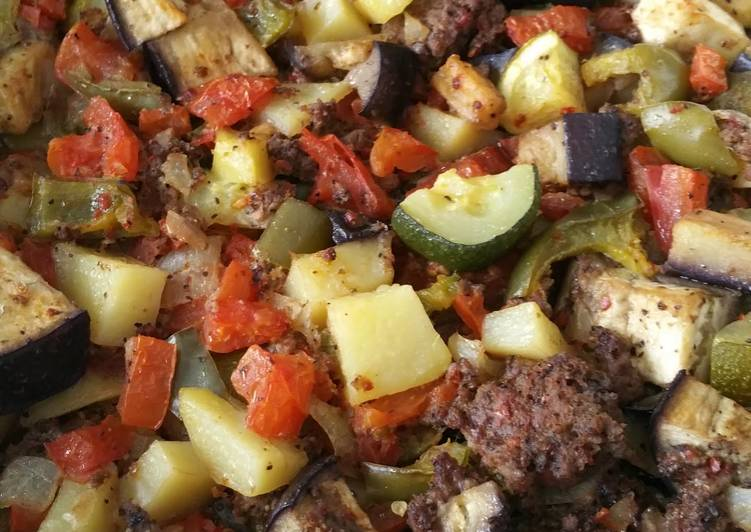 Mixed veggies with ground beef