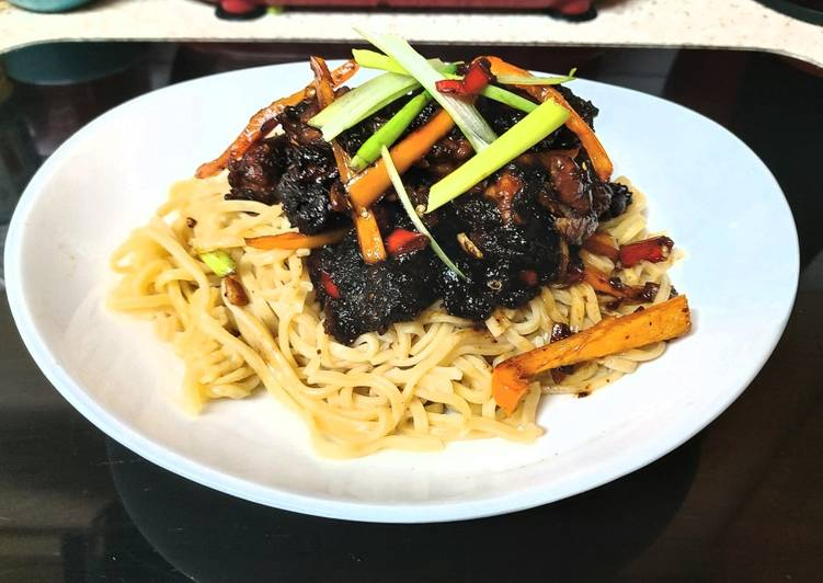 Asian Chilli & Garlic king prawns in a stir fry Sauce. 🥰