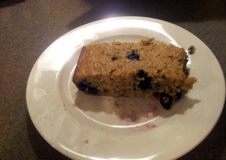 Eat These 14 Superfoods to Go Green for Optimal Health Blueberry protein muffin bread