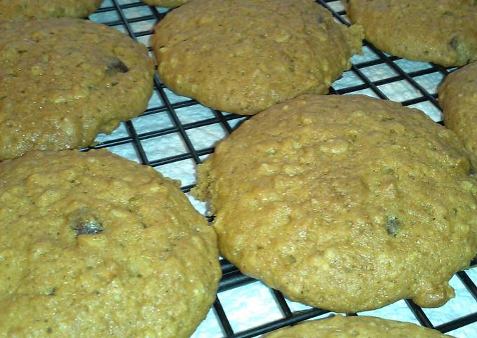 """"""" PUMPKIN-OATMEAL COOKIES with CHOCOLATE CHIPS"""""""