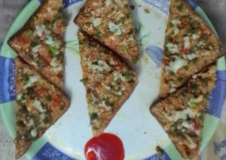 Recipe of Quick Cheesy veggie bread pizza