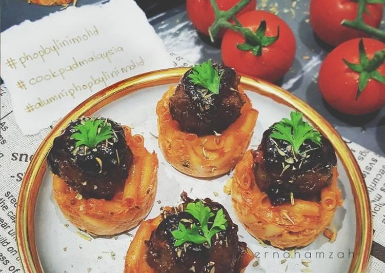 Macaroni Meatball Bites