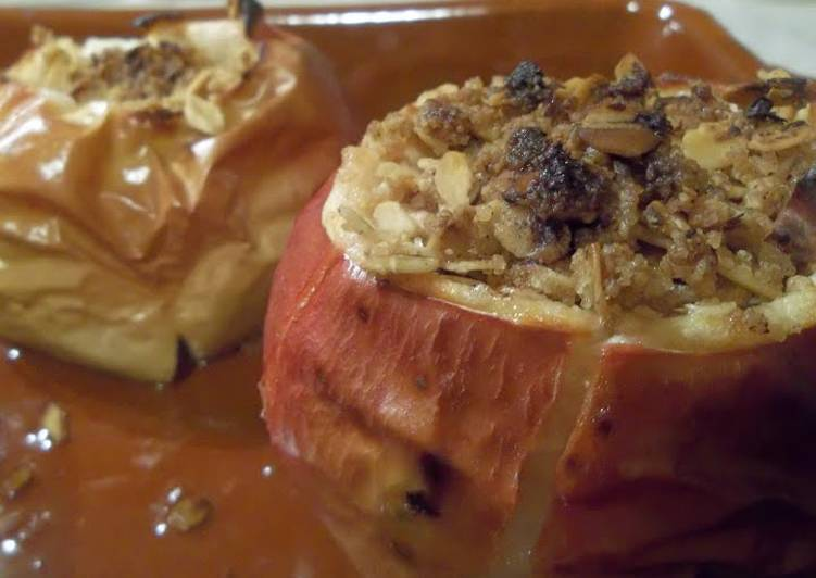 Stuffed apples with bourbon