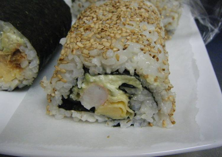 Recipe: Appetizing Futomaki or Ehomaki California Rolls