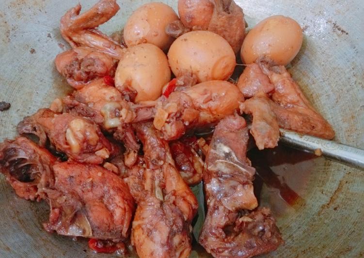 Ayam Kecap Telur