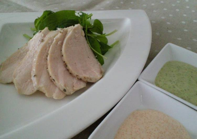 Recipe of Top-Rated Absolutely Tender Poached Chicken With 2 Kinds of Sauce