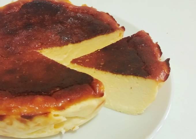 Super Easy San Sebastian/ Burnt Basque Cheesecake