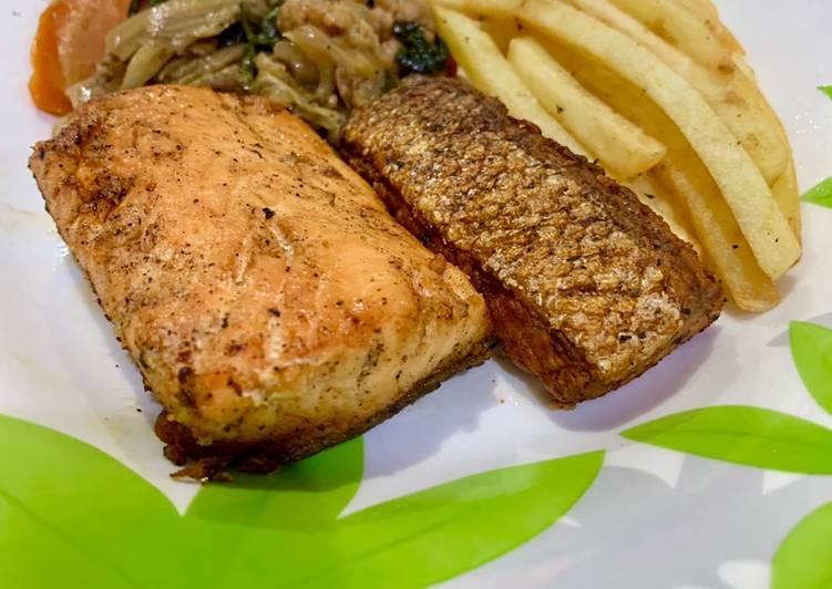 Pan-Seared Salmon Steak with Crispy Skin