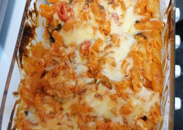 Tomato, spinach and cheese pasta bake, Foods That Benefit Your Heart