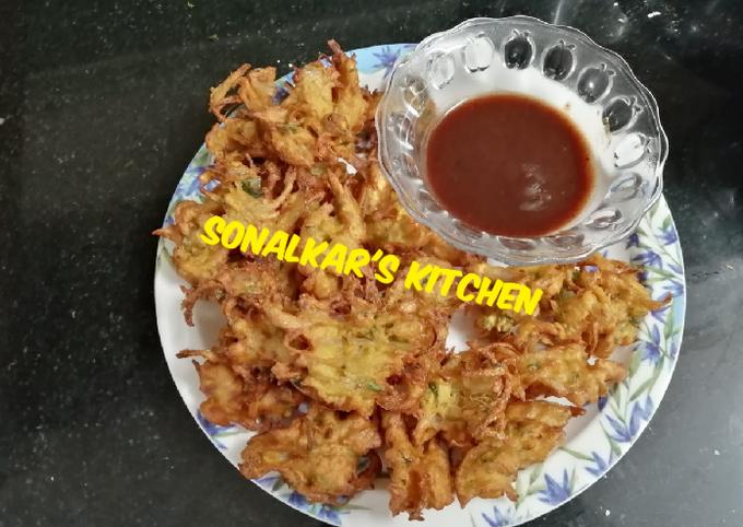 Onion Fritters/Pyaz Bhajiya
