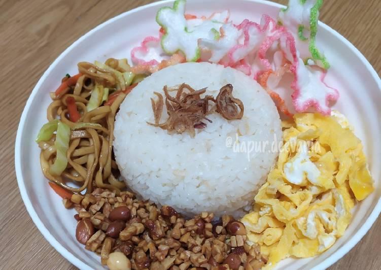Nasi uduk / nasduk rice cooker