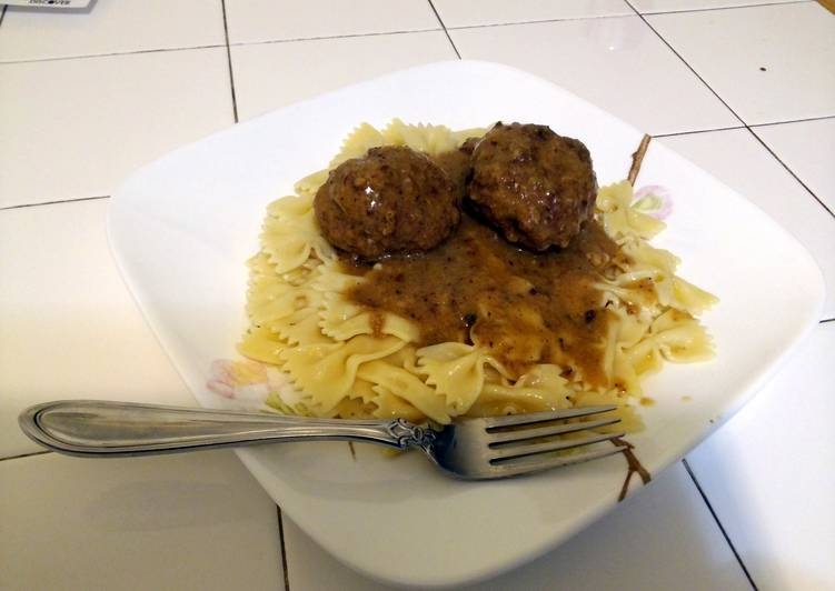 Polish Meatballs and Gravy