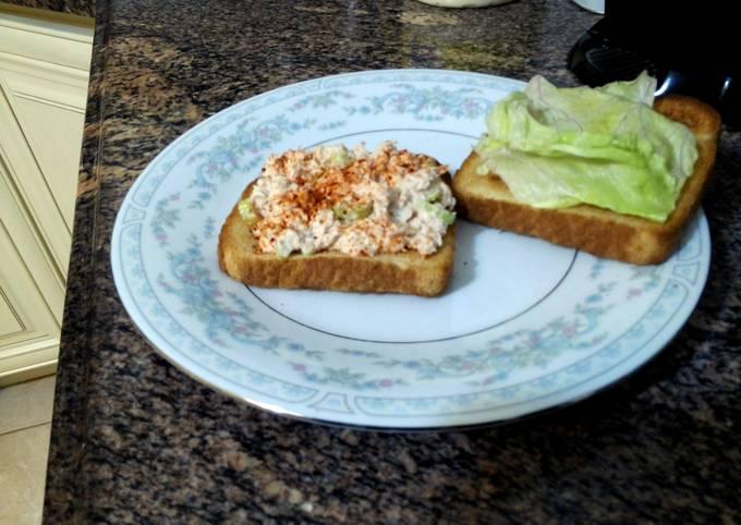 Tuna sandwich Garretts way