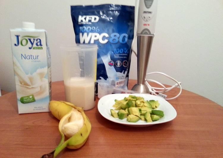 Easiest Way to Prepare Any-night-of-the-week Healthy avocado-banana shake