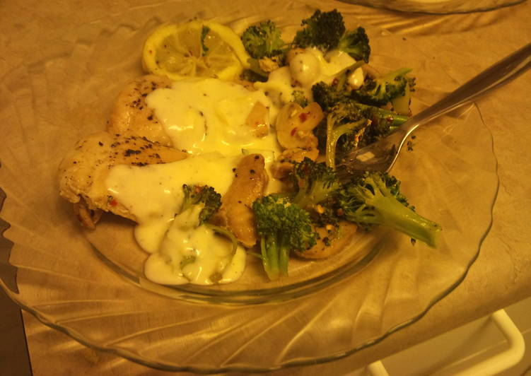 Top 100 Dinner Ideas Summer Chicken and Lemon-Broccoli Alfredo *