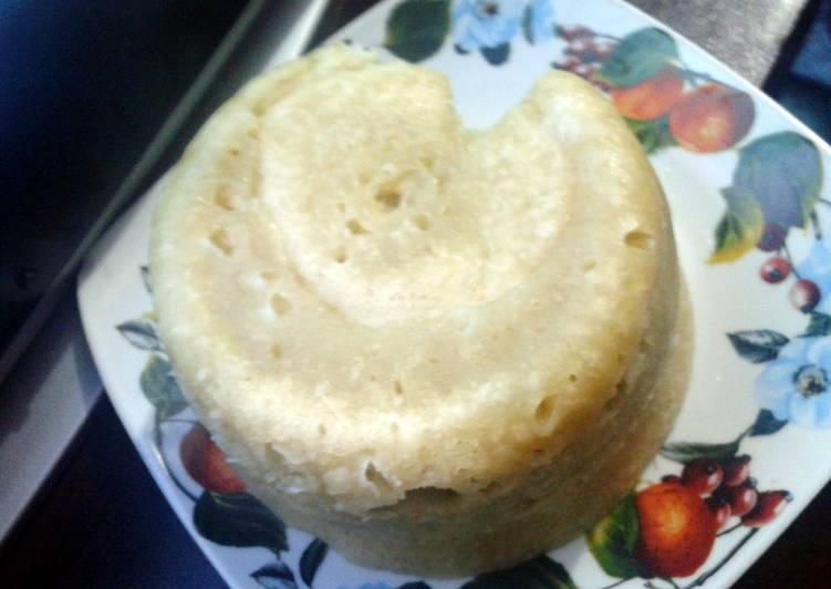 6 min microwave banana cake