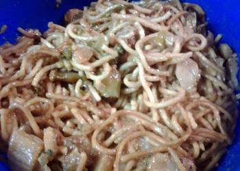 How to Cook Delicious pork lo mein
