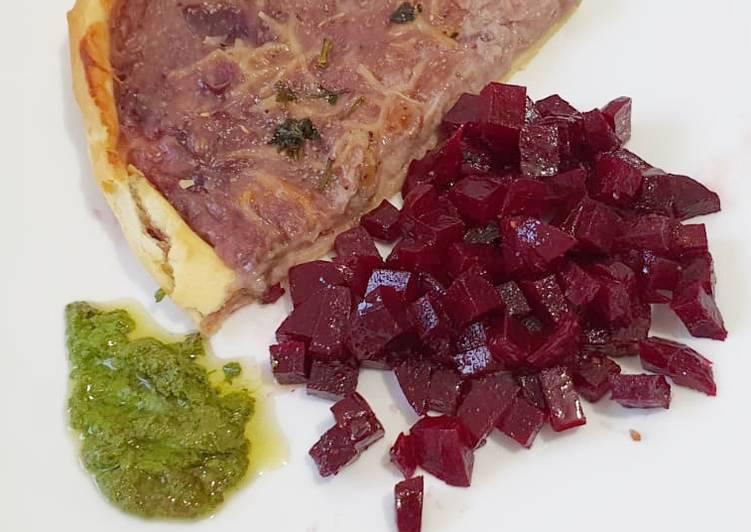 Tarte rustique - oignons rouges
