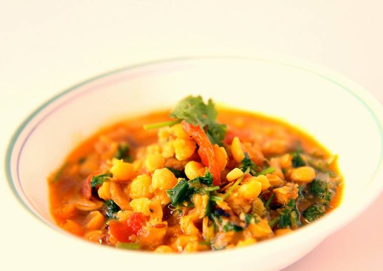 Dhall-Yellow lentil curry