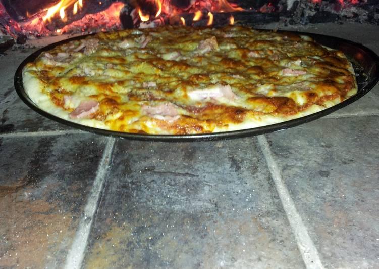 Filipino pizza