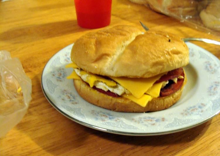 Recipe of Quick taisen's fried breakfast sandwich