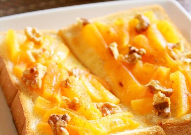 Sweetened Persimmon and Walnut Spread on Toast